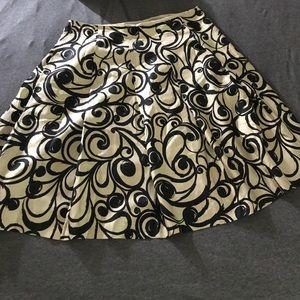 Gorgeous Talbots silk pleated skirt